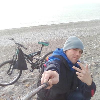 Максим Мантуленко